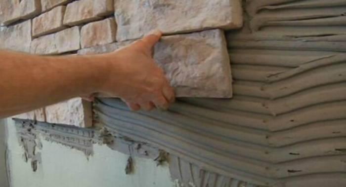 Ремонт с декоративным камнем