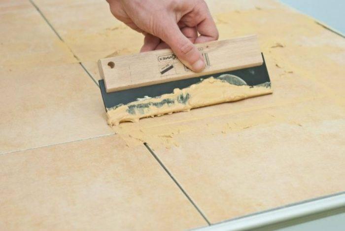 Затирка швов керамической плитки на полу видео