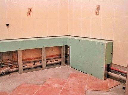 Как спрятать счетчики в ванной