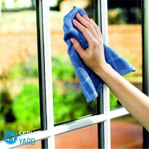 Чем помыть пластиковые окна в домашних условиях