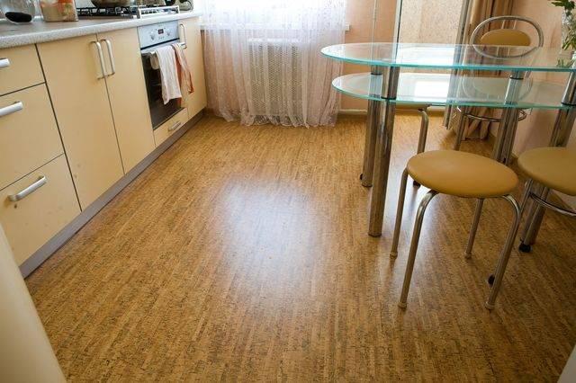 Чем выложить пол на кухне
