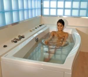 Можно ли мыть акриловую ванну белизной