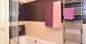 Устройство полотенцесушителя для ванной