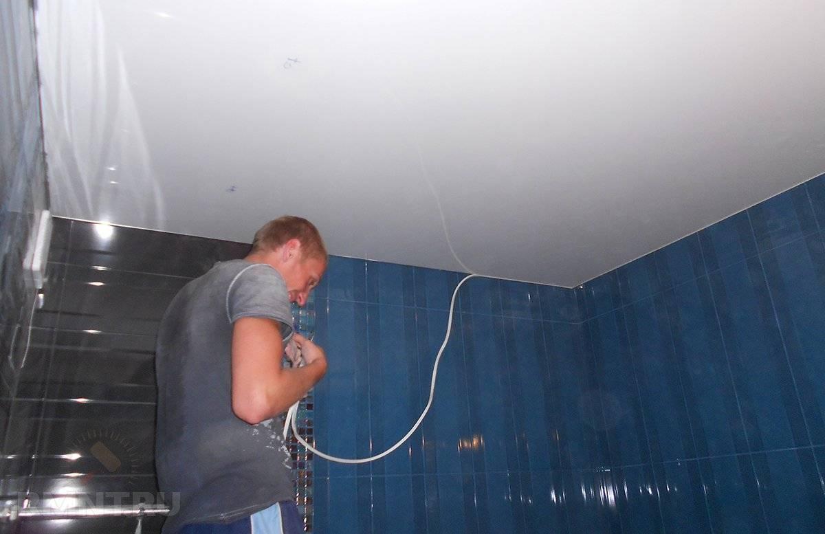 Какие потолочные плинтуса лучше для натяжных потолков