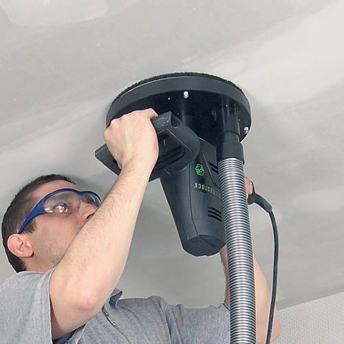 Как смывать побелку с потолка