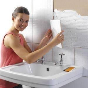 Как правильно выложить плитку в ванной
