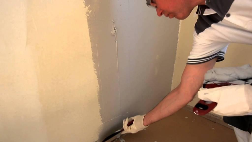 Как готовить стены к поклейке обоев