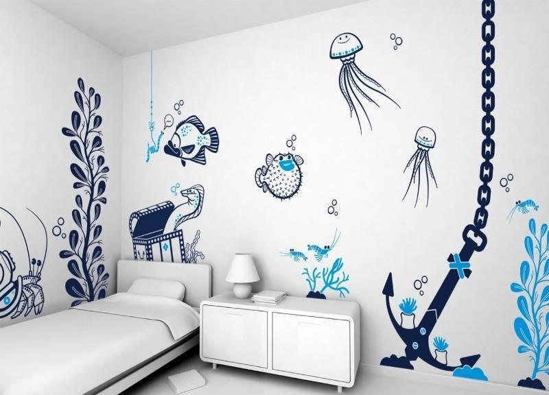 Графика на стенах в квартире