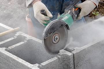 Как правильно резать плитку плиткорезом видео